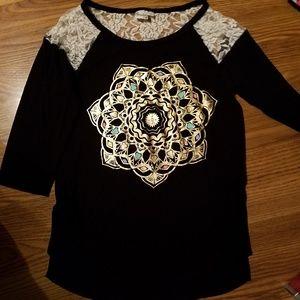 Sz 14 girls 3/4 sleeve lace black shinny decal